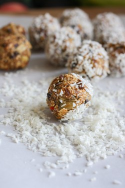 Raw Superfood Balls