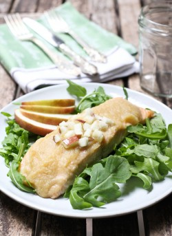 Roasted Salmon with Apple Sauce