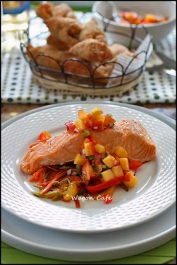 Steamed Salmon with Peach Salsa