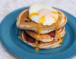 Bacon and Egg Pancakes Recipe