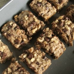 Chocolate Chip Oatmeal Snack Bars