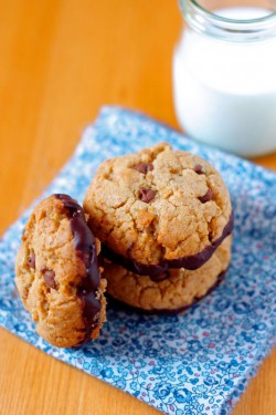 Dark Chocolate Chunk Cookies Recipe