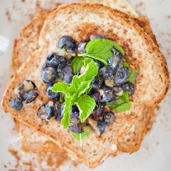 Lean Blueberry French Toast