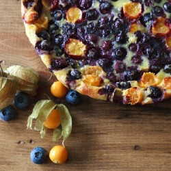 Pichuberry and Blueberry Flaugnarde