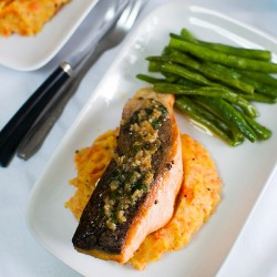Salmon w Lemon-Butter-Capers Sauce