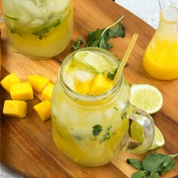 Virgin Mango Mojitos