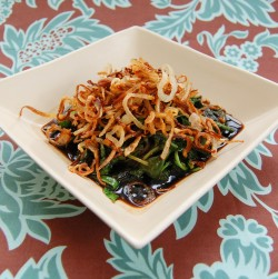 Blue Cheese Salad with Crispy Shallots Recipe