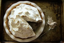 Smores Ice Cream Pie with Graham Cracker Crust Recipe