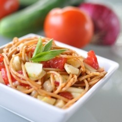Spaghetti with Tomato and Cucumber