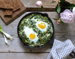 Spelt and Spinach Egg Breakfast Recipe