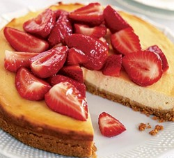 Lowfat Cheesecake with Strawberries