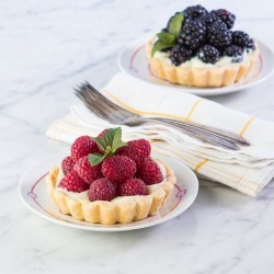 Berry Pudding Tarts Recipe