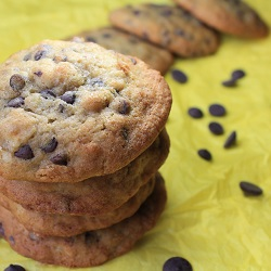 Chocolate Chip Cookies with Bananas and hazelnuts Recipe