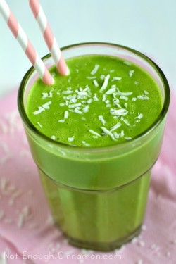 Coconut Pineapple Green Smoothie Recipe