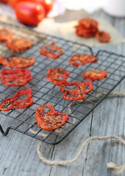 Tomato Chips No oven or dehydrator necessary