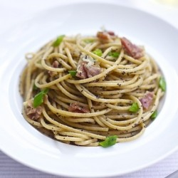 Whole Wheat Pasta with Prosciutto Green Onions and Poppy Seeds