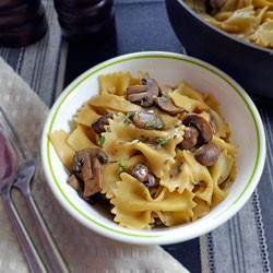 Bowtie Pasta in Mushroom Sauce with Fresh Thyme