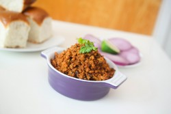 Chicken Kheema Pav Recipe