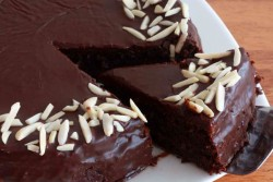 Chocolate Almond Quinoa Cake Recipe