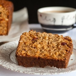 Oatmeal Cake with Bran Cranberries Hazelnuts and Honey Recipe