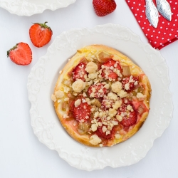 Rhubarb-Strawberry Streuseltaler Recipe