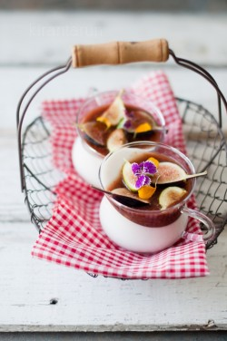 Coconut Panna Cotta with Balsamic Fig Compote Recipe