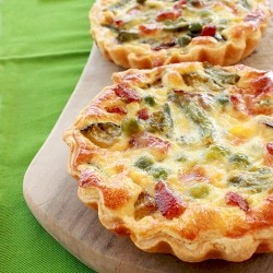 Green Vegetable and Ham Quiche Recipe