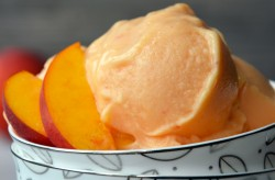 Healthy Peach Frozen Yogurt Recipe