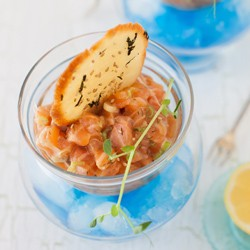 Salmon Tartare with Sesame Crackers