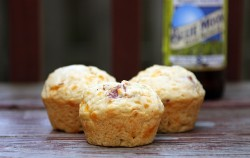 Cheddar Bacon Beer Bread Muffins