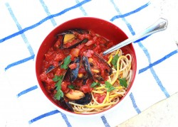 Mussels in Tomato Saffron Broth Recipe