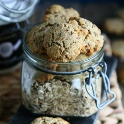 Quiona Cookies with Rye Flakes and Flaxseed