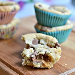 Chocolate Chip Cookie Cups with Caramel Recipe