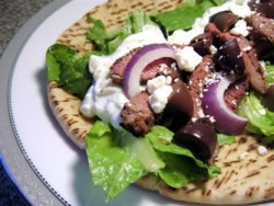 Grilled Lamb Pitas with Yogurt Sauce