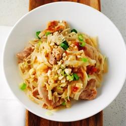 Rice Noodles with Chicken and Sweet Chili Sauce