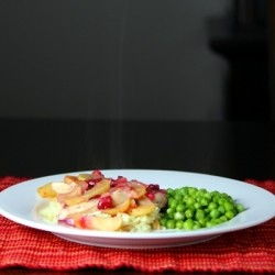 Skillet Chicken with Apples and Cranberries