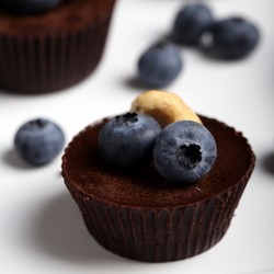 Blueberries and Cashews Chocolate Cups