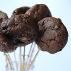 Chocolate Malted Cookie Pops