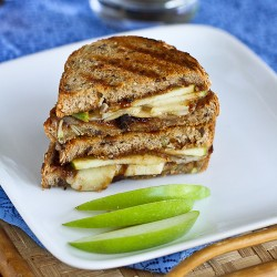 Gruyere Apple Fig Panini Sandwich Recipe