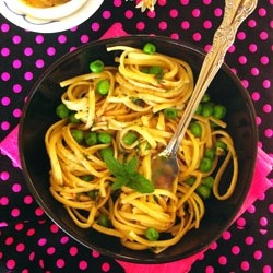 Pasta with Lemon Mint Butter and Peas