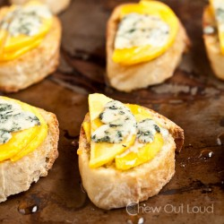 Peaches and Honey Crostini with Blue Cheese Recipe