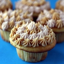 White Chocolate Peanut Butter Jelly Cupcakes