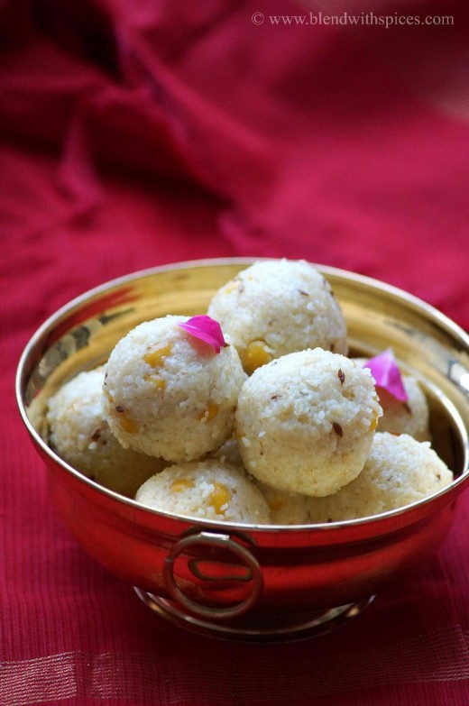 Godhuma Rava Undrallu Steamed Broken Wheat Dumplings Recipe
