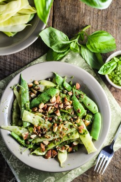 Green Bean Farfalle with Pesto Almonds and Capers Recipe