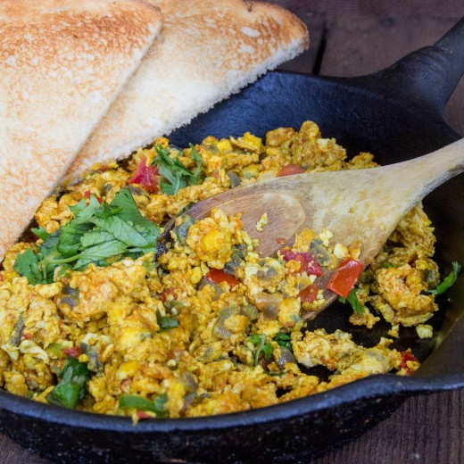 Indian Spiced Scrambled Eggs with Tomatoes Recipe