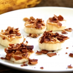 Peanut Butter Bacon Banana Bites Recipe