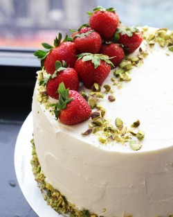 Strawberry Rhubarb Dream Cake Recipe