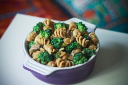 Whole Wheat Pasta with Broccoli and Mushrooms