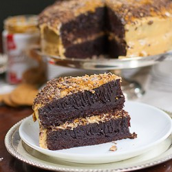 Chocolate Cake with Biscoff Frosting Recipe