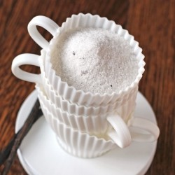 Low-Calorie Homemade Vanilla Sugar